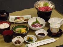 【ビジネス】ささっと食べられる季節の和定食をご用意いたします。
