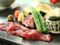 夏のお料理一例です。涼しげな食材を使った懐石料理をお召し上がりください。