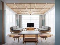 RAKURO 京都では、カップルやグループ、ファミリーなど幅広くご利用いただける客室をご用意しています。