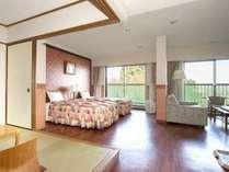 【広々和洋室55平米】5名定員の客室は55平米以上の贅沢空間。愛犬と楽しい時間を♪