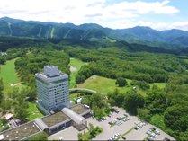 見渡す限りを大自然に囲まれた東京-6℃の高原リゾートです。