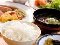 おいしいお米は『福島県産コシヒカリ』『山形県産コシヒカリ』を使用。