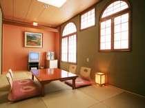 お部屋からの眺めの良いウォシュレット付きトイレがあります和室(9畳)です。