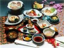 料理の一例です。料理内容は季節や日にち等で若干異なる場合がございます。