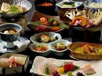 旬の会席膳をご賞味下さいませ。。。(季節にお料理は変化致します。)