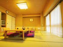 【本館一般和室】広めのお部屋は、グループ旅行にオススメ。ご家族ご友人達とごゆっくりお過ごし下さい