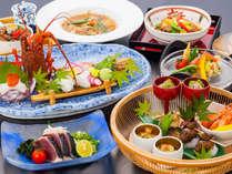 目で楽しみ、舌で味わう、できたての料理に大満足の料亭食