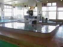 自慢の大浴場(男女計約1000平米の広さ!)