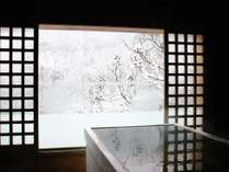 【客室露天でぽかぽか雪見酒プラン】《オリジナル日本酒特典付き》肴は静寂と 凛とした雪景色