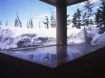 【露天風呂一例】冬だから味わえる雪見風呂