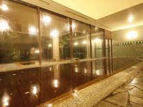 【ふるさとの湯(内風呂)】温泉は朝4時から深夜1時まで営業(清掃時間除く)