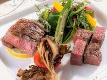 【アイリス】極上ステーキ2種食べ比べコース:にいがた和牛フィレ&本日の希少部位