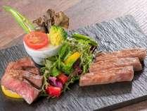 【アイリス】極上ステーキ2種食べ比べコース:にいがた和牛サーロイン&シェフ厳選赤身肉