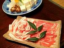2種の豚しゃぶしゃぶ鍋プランに使用。前菜・お造り・デザート付きにてご提供しております。