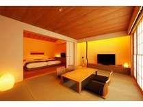 露天風呂付離れ(和タイプ)、リビングとベットルームの2部屋。最大4名様までご宿泊いただけます。