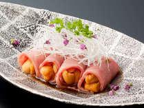 メイン料理はお魚とお肉の全6品からお好みの2品を選べるプリフィックス。