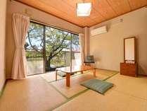 *和室106号室/一人旅やご夫婦におすすめのお部屋。和の趣ただよう客室でのんびりお寛ぎ下さい。