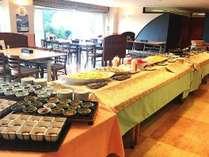 バイキングで朝からお腹いっぱい!1日の始まりは朝食から!!【1泊朝食プラン(12月~)】