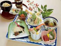 2食付、和食御膳です★料理長よりオススメの夕食でございます。