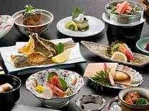 ●富山湾四季彩り会席(基本会席) 四季の移り変わりと同じくお料理も内容が変わってきます。