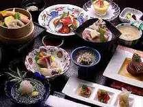 ●夕食イメージです。海鮮カルパッチョとヘルシーな野菜をお楽しみください。