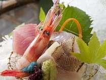 日本海のキトキトお魚「お造り」美味しいですよ。