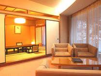 【特別室◇蘭亭】ゆとりひろびろ居間付和室10畳。