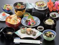 【延対寺荘ライトプラン】四季彩り会席:リーズナブルながら本格的な会席料理をお楽しみ頂けます
