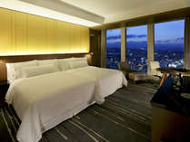 【プレミアツインルーム】「雲の上の寝心地」と称される「ヘブンリーベッド」を完備。