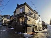 当宿は新田民宿街の一角にございます。