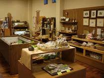 地元大台町をはじめとした特産品を多く取り扱っております。