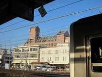 【ホテル外観】松本駅ホームより☆徒歩1~2分圏内♪
