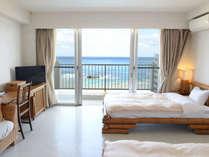 *オーシャンビューツイン/お部屋からは一面に広がる海の景色。島ならではの解放感と共に絶景を楽しめます