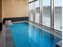 スカイスパ女性・展望露天風呂から見える松山城