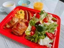 新型コロナウイルス感染予防対策の為、ビュッフェ自粛期間中は御膳出しスタイルにて朝食を提供いたします