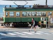 【江ノ電と海】江ノ電で途中下車散策すれば、楽しいスポットが沢山あります。