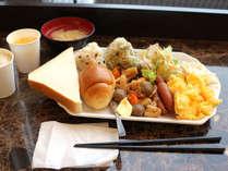 朝食の一例です。ホテルや季節によって内容は変わります。