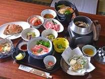 *お夕食一例/青森の豊かな山の幸、海の幸を存分に。旬の素材にこだわった心尽くしの品々をご賞味下さい。