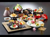 花鯛や桜海老など料理長厳選の旬の食材を使用した特別会席料理〔季節の特別会席・春〕