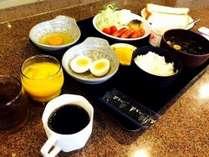 朝食はAM6:30~AM9:00までのバイキングです。お好きなだけ召し上がってください★新メニュー追加しました★