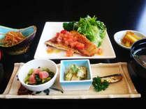 ☆【カジュアル】メインはお魚♪リーズナブルに旅を楽しむ≪伯耆定食≫