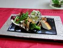 秋冬にも緑のあふれる料理を満喫!
