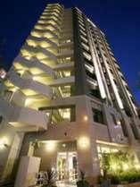 ホテル外観海外のホテルによくあるマンション風の建物です。