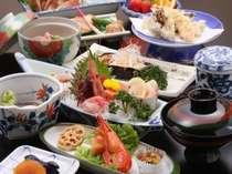 本別産舞茸の天ぷらや十勝産野菜に彩られた料理長こだわりのお膳≪メニューは一例≫