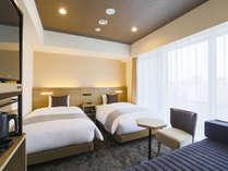 【客室】デラックスツイン/禁煙/26平米/120 cm 幅ベッド2台+EXベッド