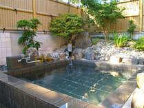 民宿では珍しい露天風呂はお客様に喜ばれております