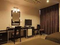 デラックスツインルーム(24平米)ベッド幅110cm×2台 ご予約はお電話にてお問合せください