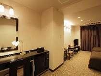 温泉付き特別室ダブル・ツインルーム。ご予約はお電話にてお問合せください