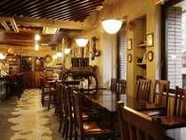 レストランバイプレーンは朝昼夜と多彩なメニューでおもてなし!