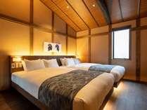 2階の洋寝室からは鮮やかな「加賀友禅」が望め、デスクやソファーも便利です。